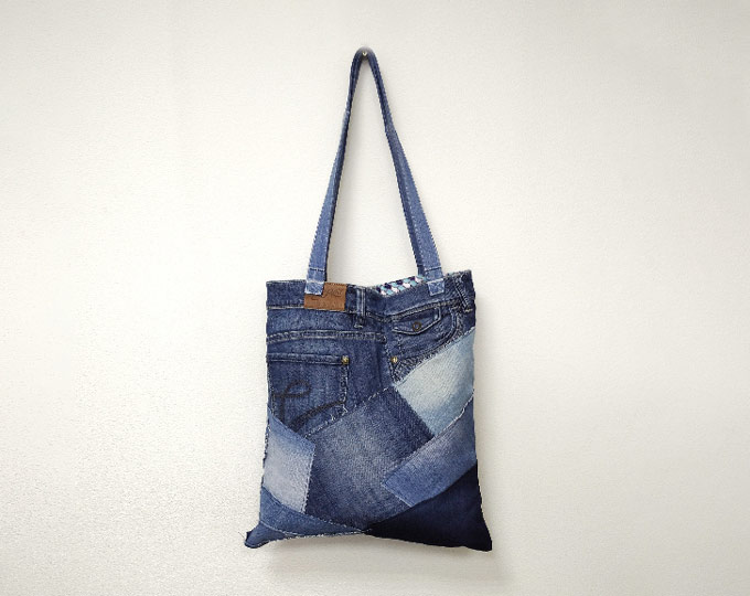 upcycled-canvas-tote-bag-recycled
