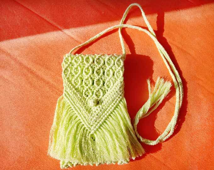 phone-bag-kiwi-made-of-recycled