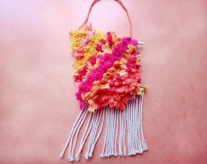 wall-hanging-tapestry-sunny-fluffy