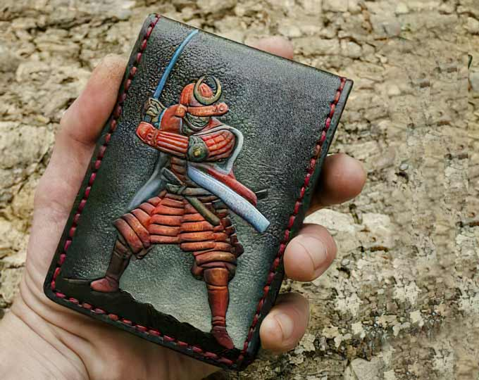 compact-leather-wallet-with