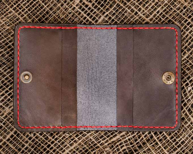 a-roomy-leather-cartholder-with-a D
