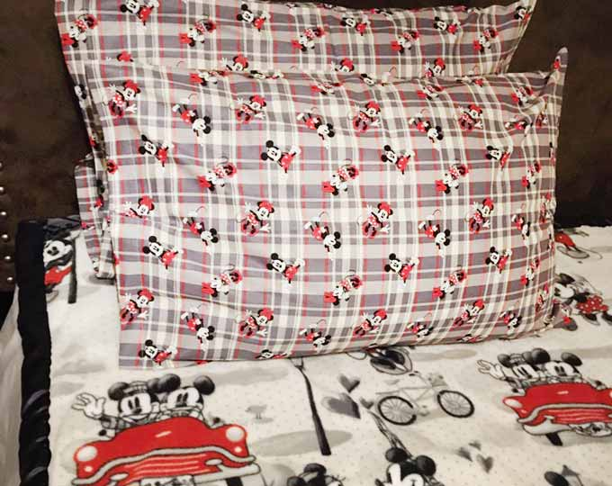 mickey-mouse-pillowcases B