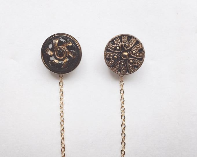 simple-gold-antique-button B