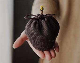 abuxidiplant-dyeing-hand-knitted